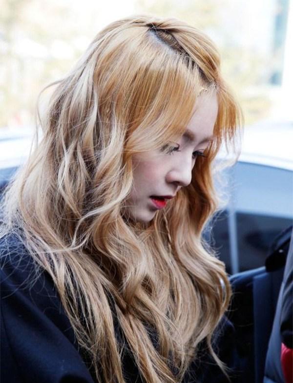 Những màu tóc nâu vàng đẹp được yêu thích nhất hiện nay - 8