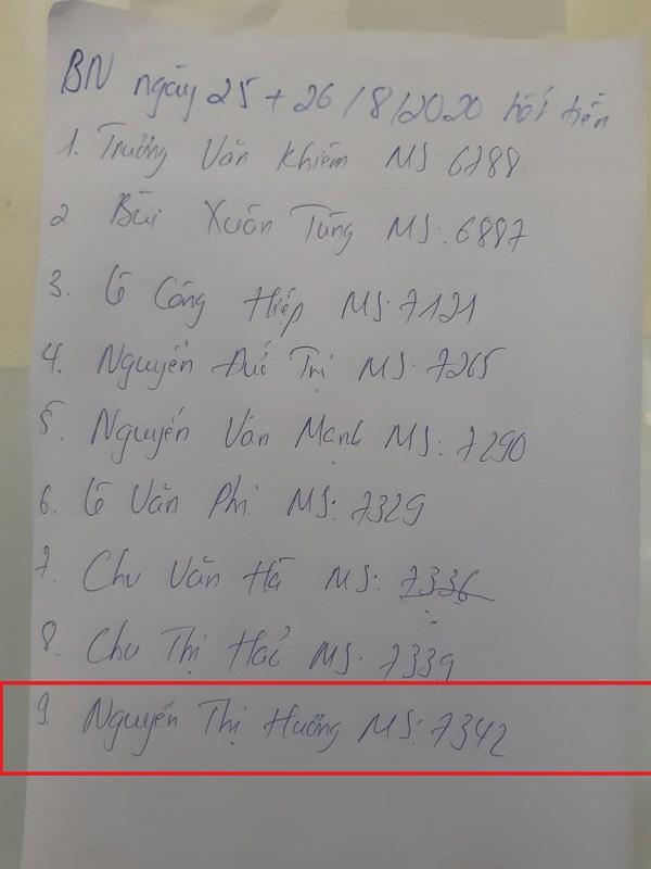 Danh sách bệnh nhân hết tiền trong đó có chị Hương.