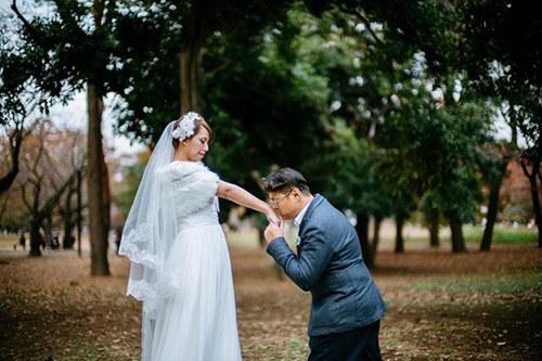 Cặp đôi chi tiền sang nước ngoài chụp ảnh cưới, cái kết khóc thét, về mang giấu vội - 4