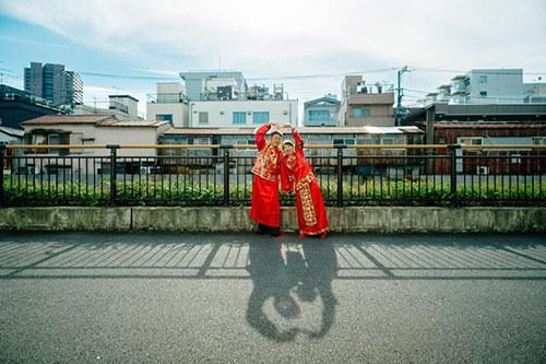 Cặp đôi chi tiền sang nước ngoài chụp ảnh cưới, cái kết khóc thét, về mang giấu vội - 12