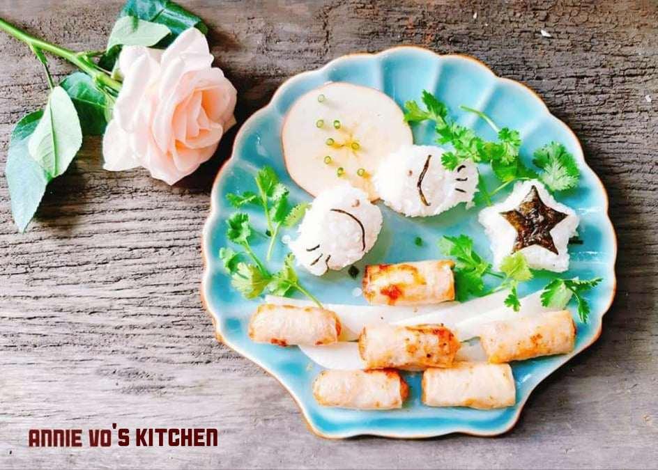 Mẹ làm cơm đĩa quá đẹp, con thương amp;#34;bạnamp;#34; chẳng dám ăn, mẹ đành xới bát khác - 4