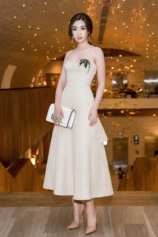 Đỗ Mỹ Linh: Hoa hậu nghèo nhất Vbiz đến mỹ nhân hàng hiệu không kém một ai - 12
