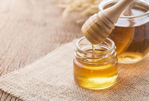 Tốn cả chục triệu đi spa trị nám không sạch, 3 cách trị nám bằng mật ong sẽ giúp bạn - 1