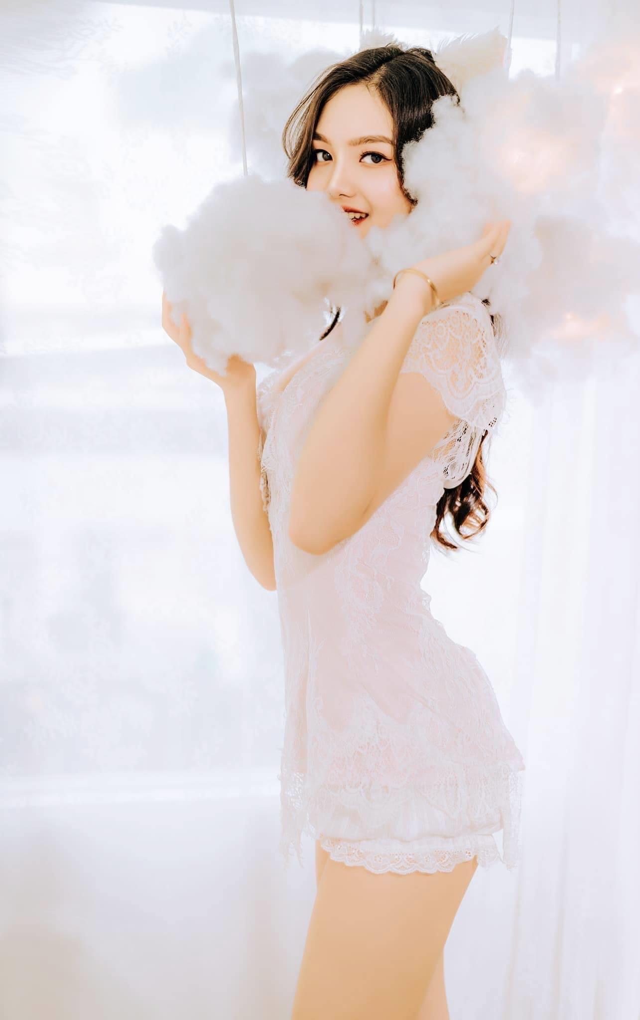 Xuất hiện thí sinh giống hệt Hương Giang tại hoa hậu Việt Nam 2020 - 10