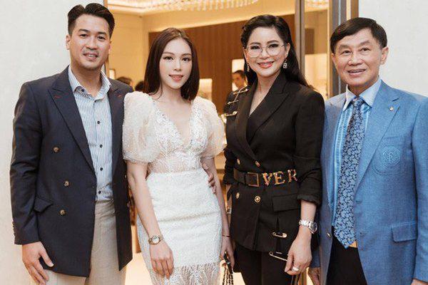 Vừa được bố chồng Hà Tăng gửi quà, Linh Rin vỡ òa khi con traitỷ phú mừng sinh nhật - 5