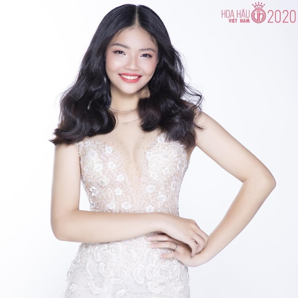 Chuyện lạ: Cặp chị em ruột đối đầu tại Hoa hậu Việt Nam 2020 - 7