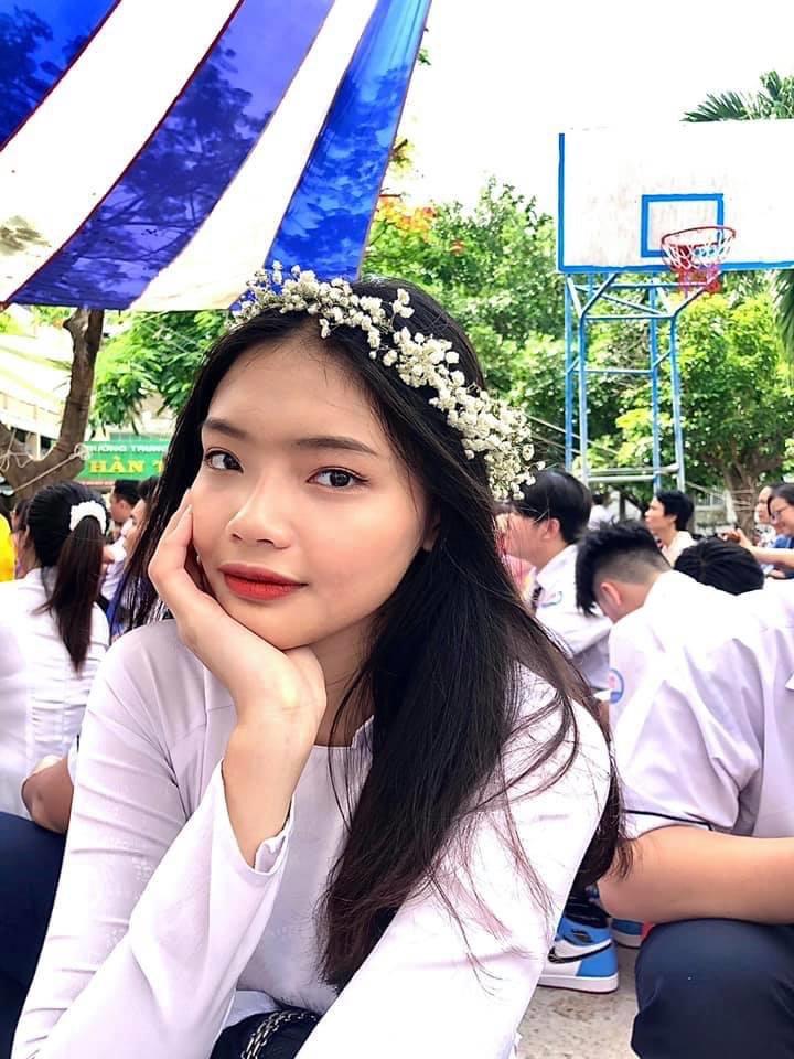 Chuyện lạ: Cặp chị em ruột đối đầu tại Hoa hậu Việt Nam 2020 - 12