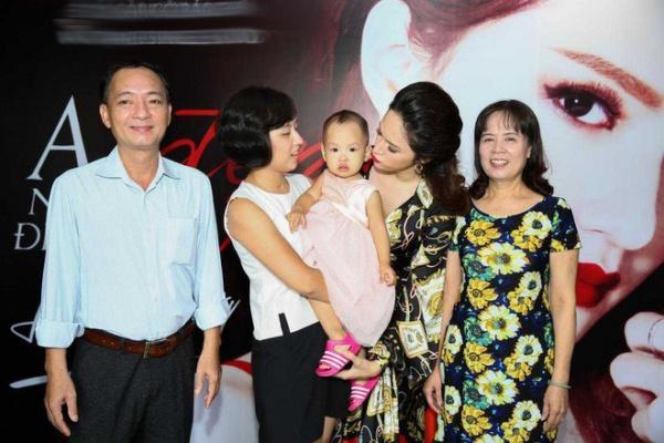 Ít ai biết chị gái ruột cho Hương Giang amp;#34;mượn thân phậnamp;#34; có vẻ đẹp như minh tinh TVB - 1