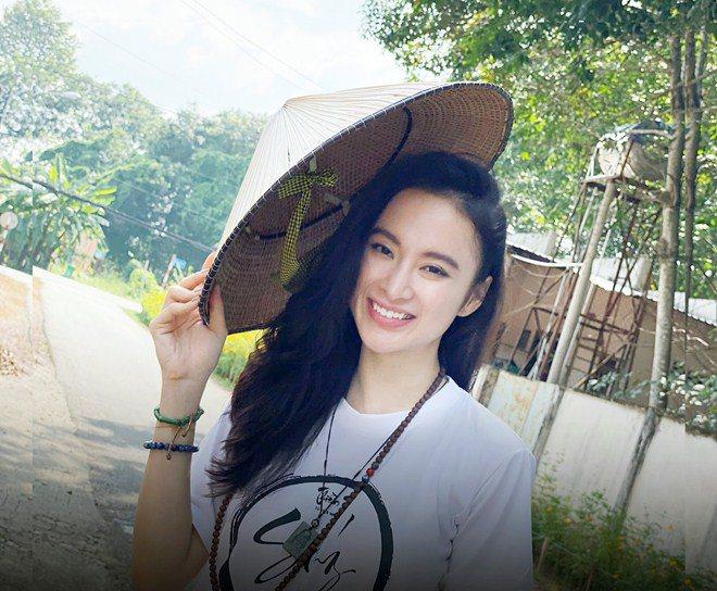 Sao Việt 24h: Hình ảnh đẹp amp;#34;thoát tụcamp;#34; của Angela Phương Trinh ở chùa gây bão mạng - 10