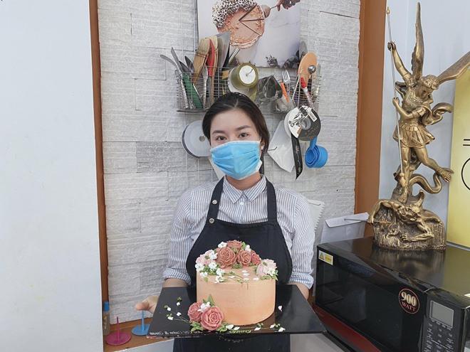 Thất nghiệp mùa dịch, mẹ Hà Nội chuyển sang làm bánh, vài tháng đã kiếm thu nhập khủng - 3