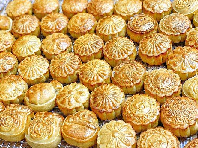 Thất nghiệp mùa dịch, mẹ Hà Nội chuyển sang làm bánh, vài tháng đã kiếm thu nhập khủng - 18