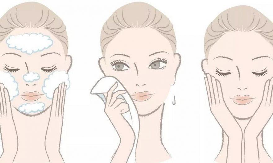 Thuộc lòng công thức rửa mặt cho tuổi 50 da vẫn nhẵn thín, không gợn nếp nhăn - 1