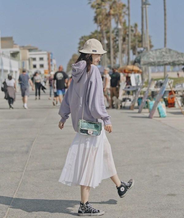 Kiểu chân váy được mỹ nhân nhà đài ưa chuộng, diện bất kể khi đi làm lẫn lúc đi chơi - 18