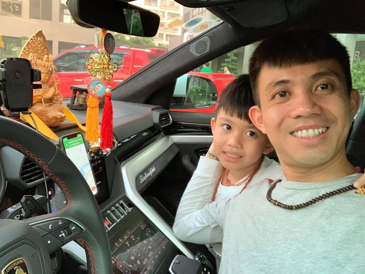 Bà ngoại nóng bỏng nhất Việt Nam: 30 tuổi đã bế cháu, chồng là bạn thân Cường Đô La - Ảnh 12