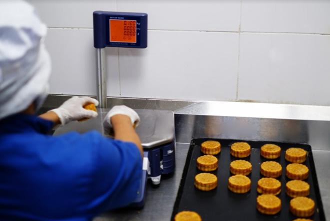 Hành trình ra lò khắt khe của hơn 1 triệu chiếc bánh trung thu VinMart - 4