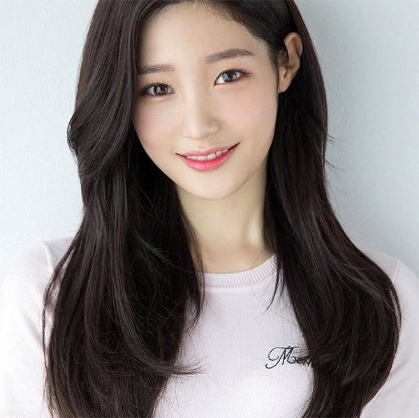 15 kiểu tóc mái dài đẹp trẻ trung phù hợp với mọi gương mặt - 8