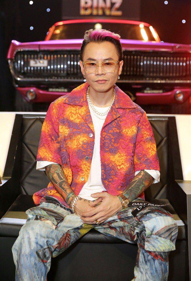 Chồng Tóc Tiên quyền lực thế nào mà khiến cả hội Rap Việt phải amp;#34;cúi đầuamp;#34; cảm ơn? - 10