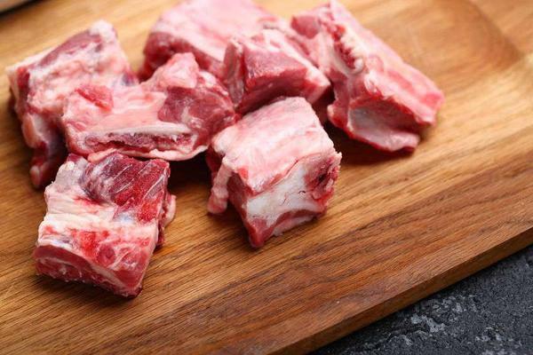 4 loại thịt lợn dù rẻ tới mấy cũng chớ mua kẻo ăn vào ngộ độc, rước đống giun sán - 3