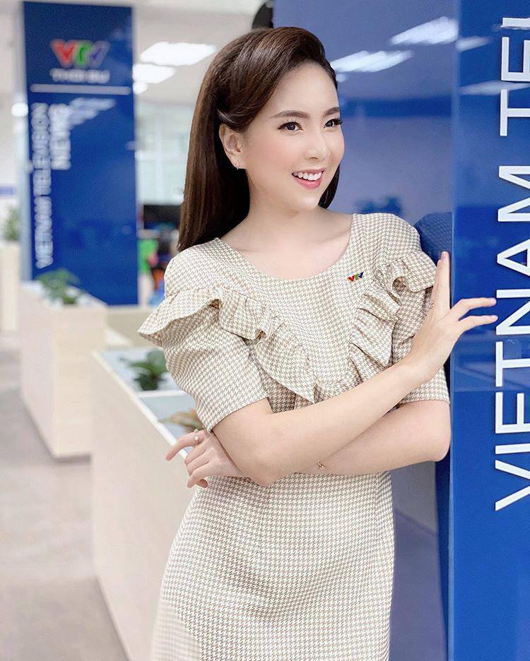 4 nữ MC VTV xinh đẹp, dẫn hay và sở hữu khối tài sản amp;#34;không phải dạng vừaamp;#34; - 18