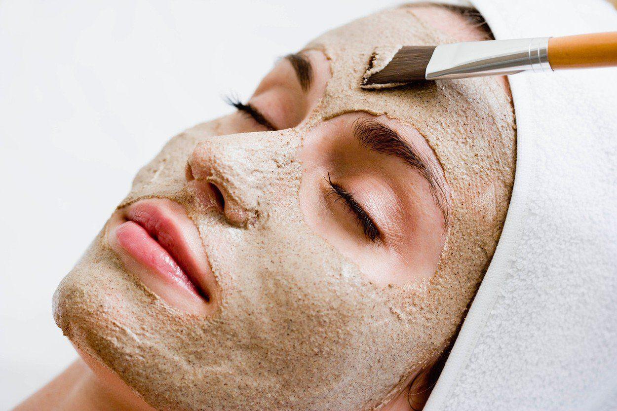 Bí quyết đắp mặt nạ cám gạo, sau 2 tuần da lên 2-3 tone, mụn cũng hết dần - 1