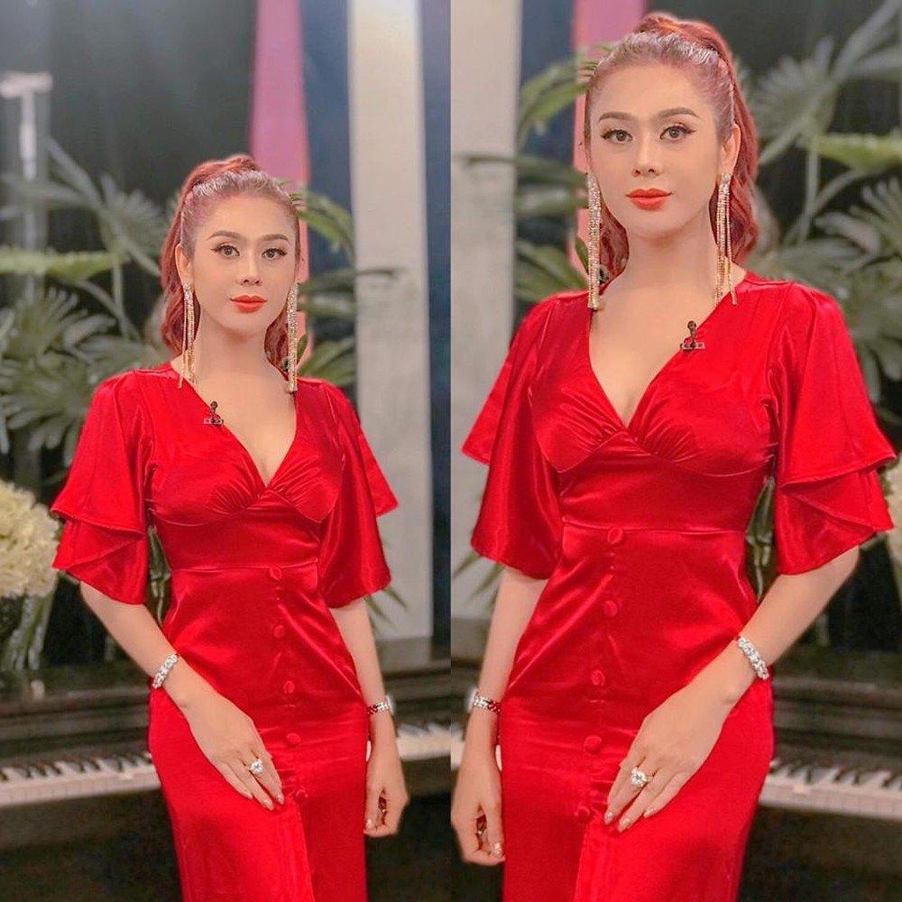 Diện váy ôm sát body, Lâm Khánh Chi trở thành tâm điểm vì quyến rũ vượt mặt Hương Giang - 7