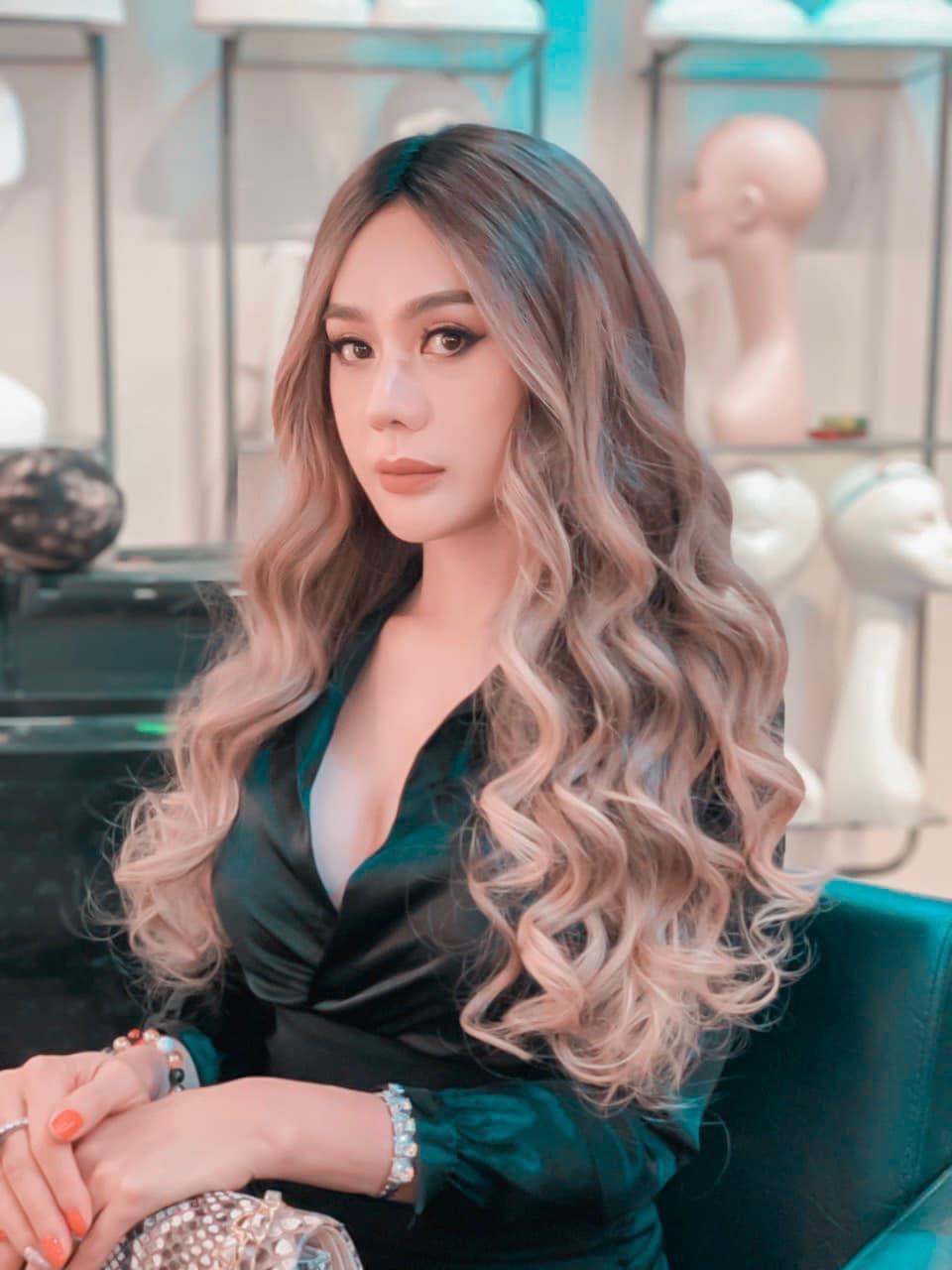 Diện váy ôm sát body, Lâm Khánh Chi trở thành tâm điểm vì quyến rũ vượt mặt Hương Giang - 8