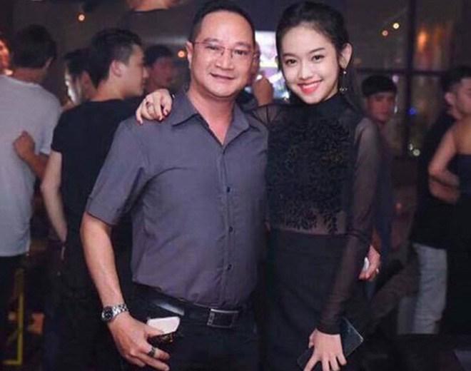 """Hotgirl Cà Mau từng """"cặp kè"""", tố thiếu gia Phan Thành """"bắt cá hai tay"""" giờ ra sao? - 2"""