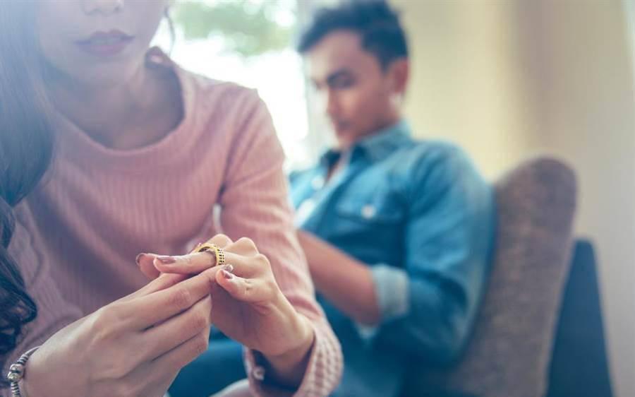 6 bài học rút ra từ những cuộc hôn nhân thất bại, amp;#34;thủ phạmamp;#34; đầu tiên không ai ngờ - 1