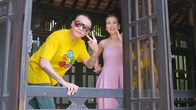 HLV duy nhất của Rap Việt chưa lộ người thương: Muốn thân hình amp;#34;bựamp;#34; lên để bảo vệ bạn gái! - 14