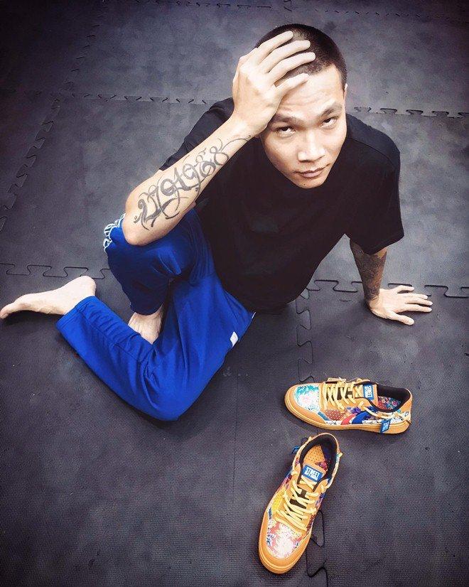 HLV duy nhất của Rap Việt chưa lộ người thương: Muốn thân hình amp;#34;bựamp;#34; lên để bảo vệ bạn gái! - 9