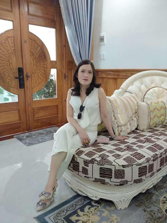 Bé gái nổi khắp Đà Lạt vì giống Hương Giang, 9 tuổi bắt xe đêm lên SG học người mẫu - 3