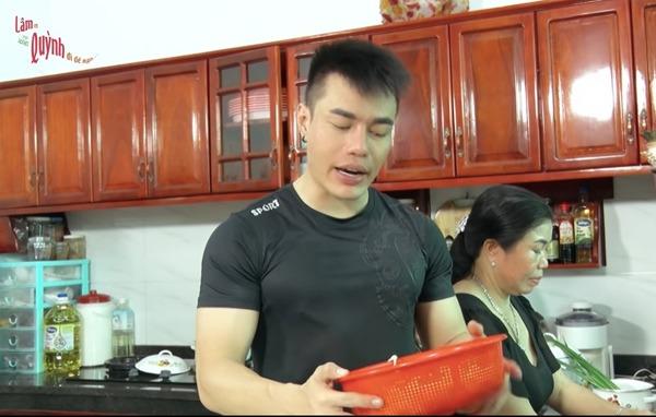 Sao nam Việt tiền rải khắp nhà đích thân đi chợ, vào bếp nấu đồ bổ cho vợ đẻ - 3