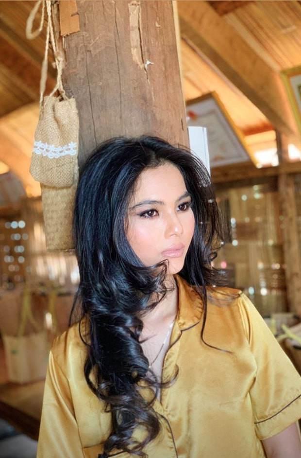 Nhan sắc dàn em gái Hoa-Á hậu Việt: em Hamp;#39;Hen Niê sắc sảo, em Jennifer Phạm quá bốc lửa - 5