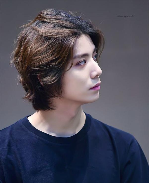 Những kiểu tóc nam dài đẹp chuẩn men và vô cùng phong cách - 4