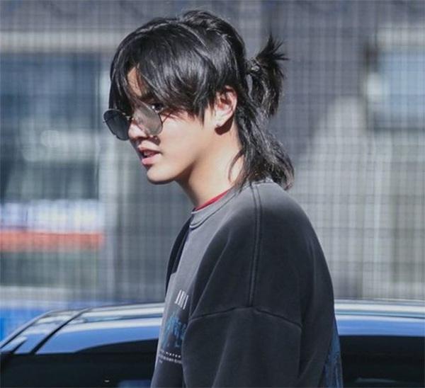 Những kiểu tóc nam dài đẹp chuẩn men và vô cùng phong cách - 6