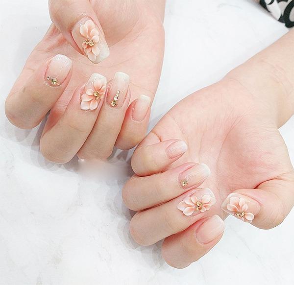 Những mẫu nail ombre đẹp trẻ trung được yêu thích nhất hiện nay - 12