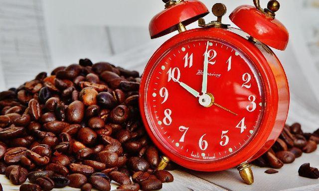 Cà phê không nên uống vào buổi sáng, chuyên gia nói đây mới là thời điểm tốt nhất - 1