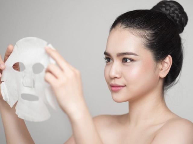 Nàng ngoài 30 chớ mua các loại mặt nạ trôi nổi, không rõ nguồn gốc kẻo lại toang làn da