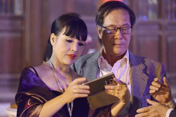 Chưa đầy 20 tuổi đã có bầu, loạt mỹ nhân Việt đình đám sinh con xong vội ly hôn - 3