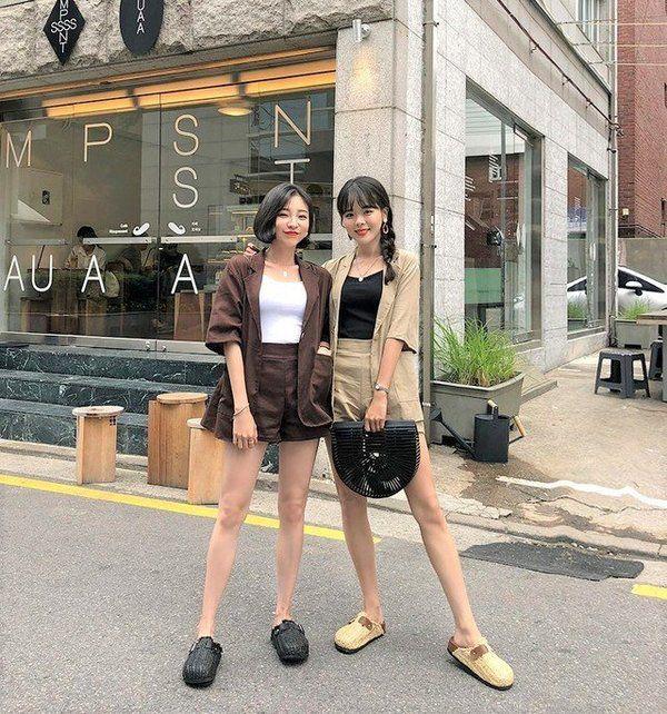Diện bộ đồ không thể tối giản hơn, Linh Ka vẫn khoe trọn vòng eo con kiến đáng mơ ước - 19