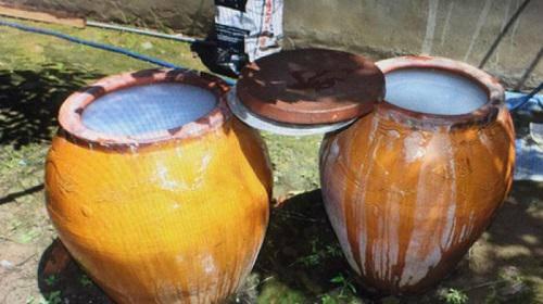 Vụ đốt nhà, bỏ thuốc trừ sâu vào lu nước: Công an vào cuộc điều tra