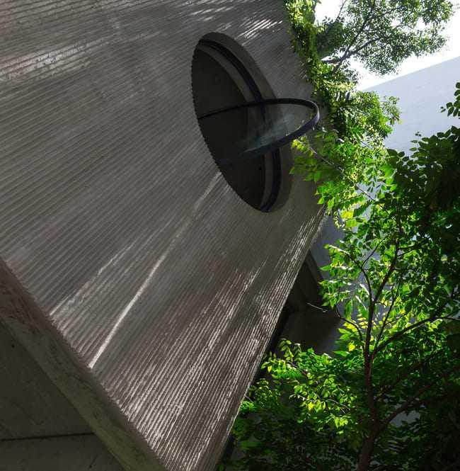 Nhà ống Hà Nội với bề ngang nhỏ hẹp được vinh danh 50 ngôi nhà hàng đầu TG - 16