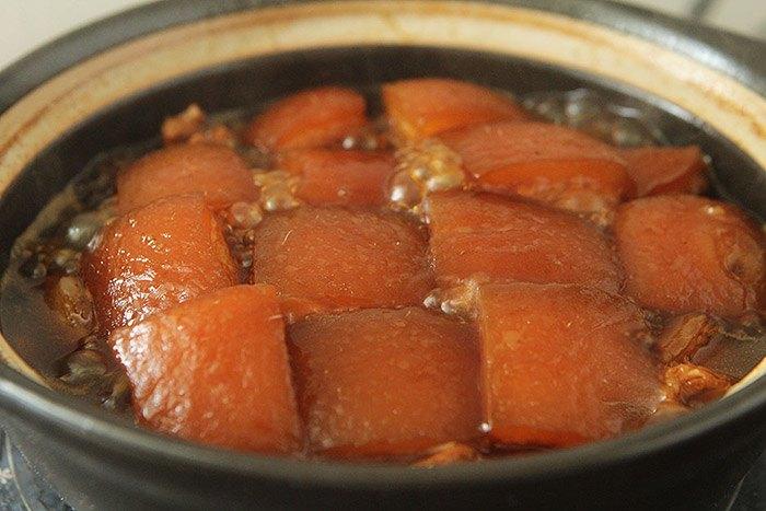Thịt kho không cần nước, vẫn thơm mềm màu đỏ, ai nhìn cũng muốn ăn 3 bát cơm - 6