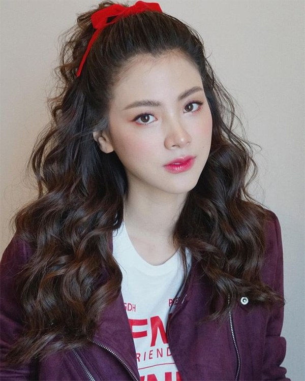 15 kiểu tóc xù đẹp cho nữ thêm dễ thương cá tính được yêu thích nhất - 13