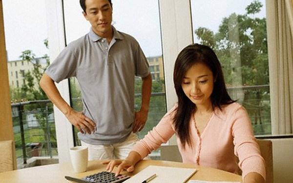 5 vấn đề tiền bạc khiến vợ chồng đau đầu, loay hoay tìm cách giải quyết và hướng xử lý - 3