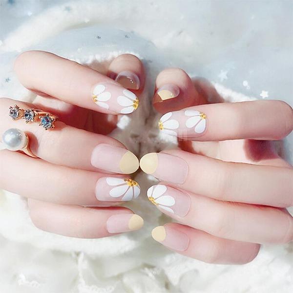 Các mẫu nail đơn giản đẹp nhẹ nhàng sang trọng cá tính và dễ thương - 12