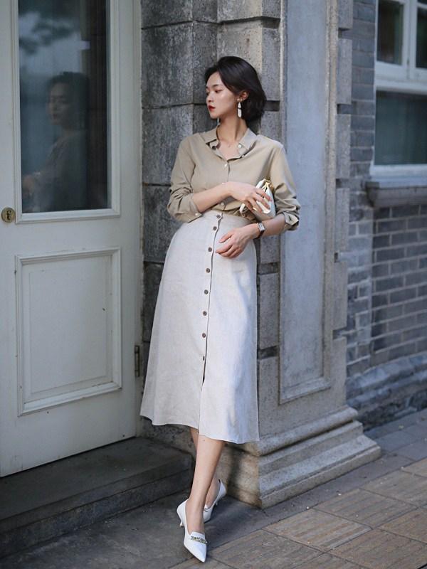 Học cách phối đồ với chân váy lửng từ sao Việt, nàng có ngay vẻ ngoài thanh lịch ngày thu - 12