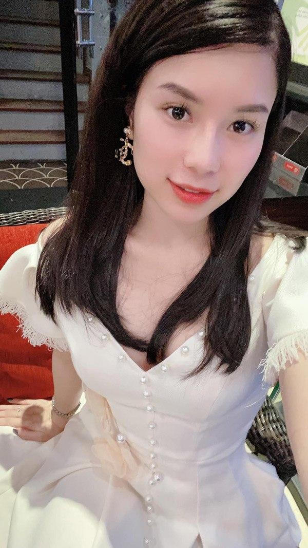 Hoa hậu Việt Nam 2020: Xuất hiện nữ tổng tài bên ngoài xinh đẹp bên trong nhiều tiền - 14