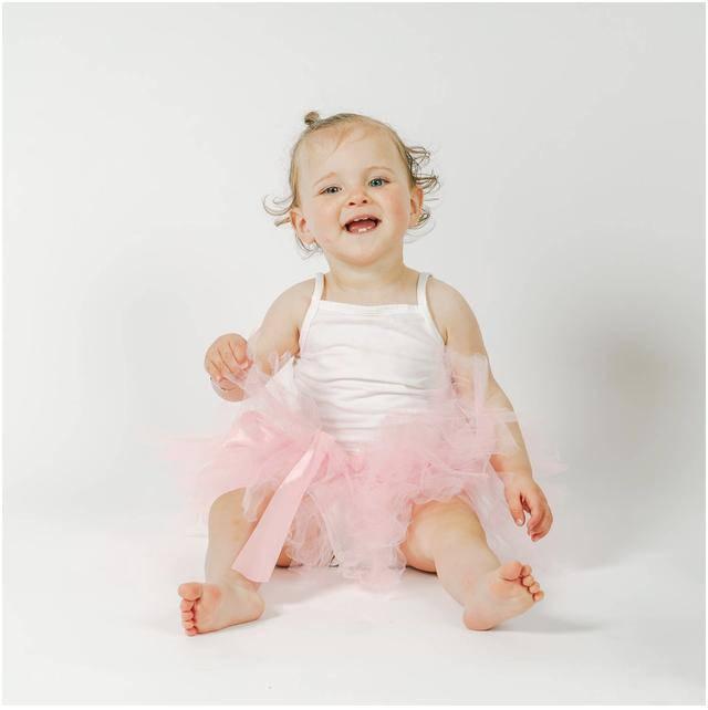 Nhìn gương mặt em bé có 4 nét này lớn lên thông minh, giàu sang may mắn - 3