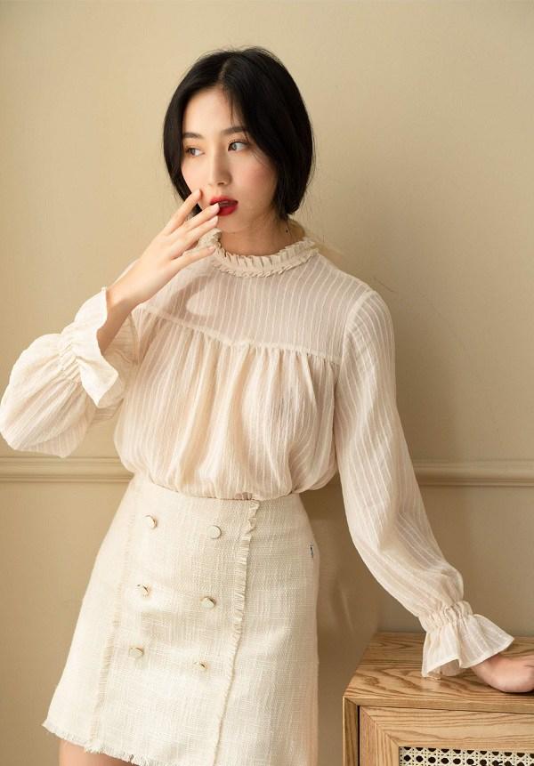 Thời tiết chuyển lạnh, đây là những trang phục vải tweed đáng sắm để chị em thêm phần thời thượng - 13